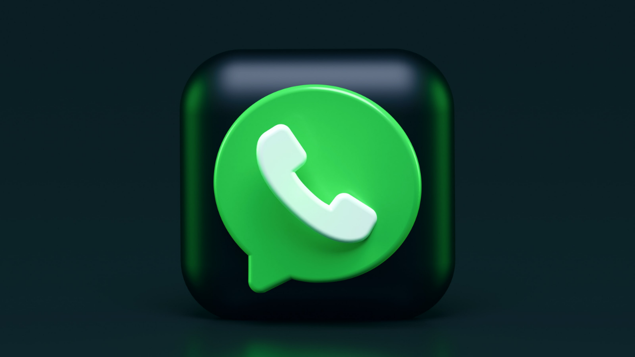 WhatsApp indulging anti-user practices, obtaining 'trick consent', alleges Centre